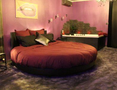 Le lit rond du Purple Lovt